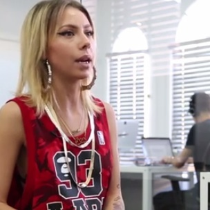 Lil Debbie Recalls Snoop Dogg Smoke Session