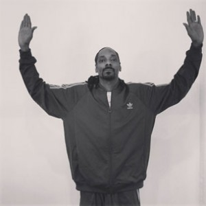 "Instagram Flexin': Snoop Dogg Joins ""Don't Shoot"" Peaceful Protest"