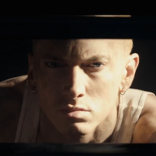Eminem Discusses Rihanna Tour Experience, Thoughts On Detroit Lions' Season