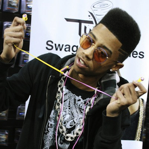 Lil Twist Blasts YMCMB Management On Twitter