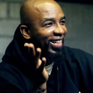 "Tech N9ne Recalls Criticism From Fans Over ""Tha Carter IV"" Appearance"