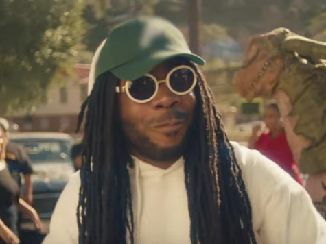 "D.R.A.M. Releases ""Signals (Throw It Around)"" Video"