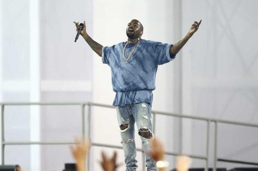 "Kanye West Reworks ""Ultralight Beam"" With ""Ultralight Prayer"""
