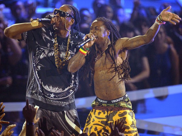 "Check Out 2 Chainz & Lil Wayne's Full ""Collegrove"" Concert"