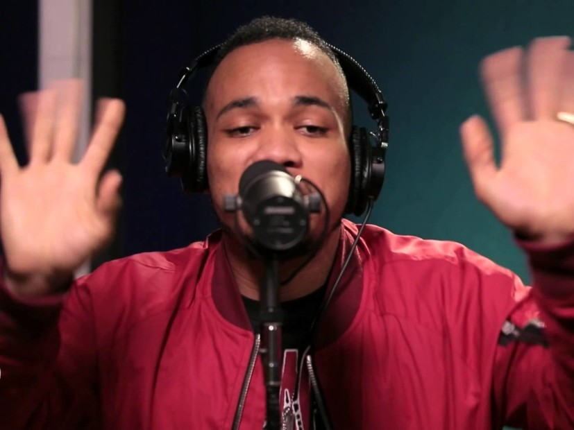 "Anderson .Paak Performs ""Am I Wrong"" & ""Come Down"" On KCRW"