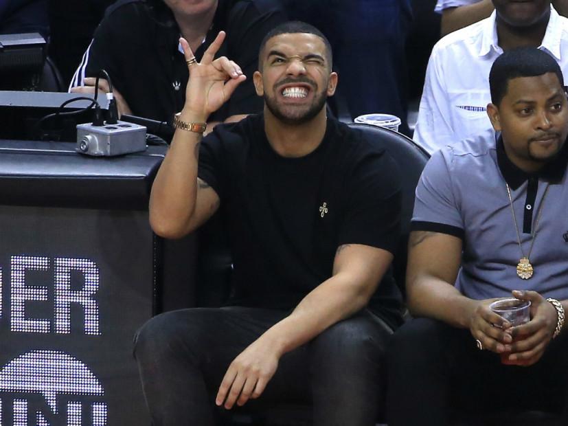 "Drake's ""VIEWS"" Album Soars Past Half A Billion Streams"