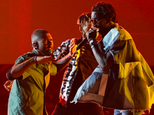 """Young Thug Joins Usher At The 2016 BET Awards To Perform """"No Limit"""""""