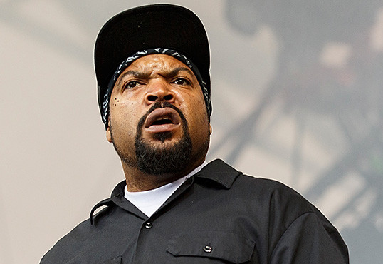 ice cube shoots down rumors of new friday movie hiphopdx. Black Bedroom Furniture Sets. Home Design Ideas