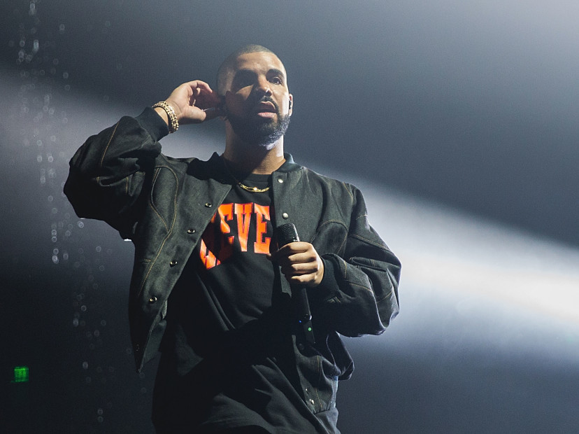 "Drake Disses Hot 97 For ""Telling Lies"" At Madison Square Garden Tour Stop"