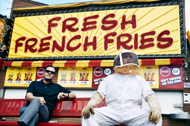 """#DadRap: Atmosphere Relinquish Their Egos With """"Fishing Blues"""""""