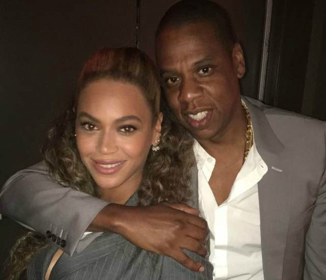 "Jay-Z & Beyonce Hit Premiere Of New Usher, Robert De Niro Film, ""Hands Of Stone"""
