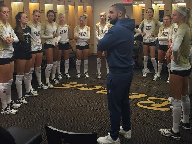 Drake Attends Goddaughter S College Volleyball Game Hiphopdx