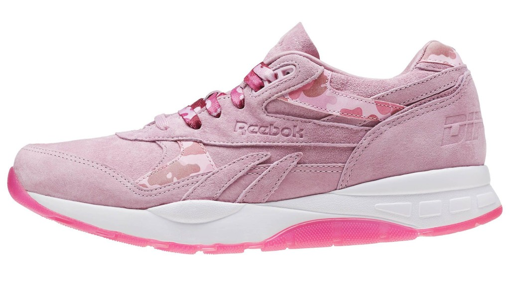 the suede pair reebok classics has the dipset logo embossed on the