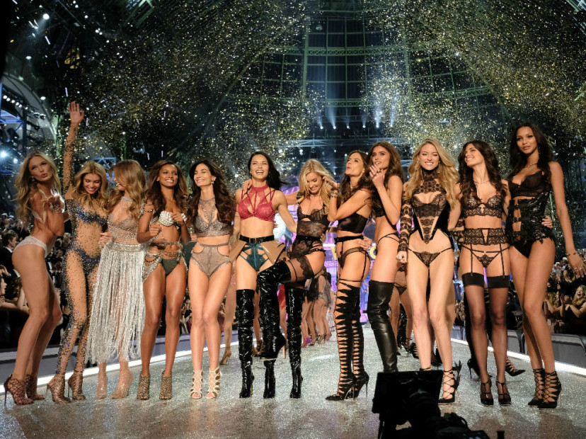 2016 Victoria's Secret Fashion Show Features The Weeknd, Bruno Mars & $3M Bra