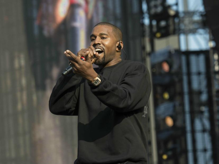 "Kanye West Denies Saying Drake Is ""Overplayed"""