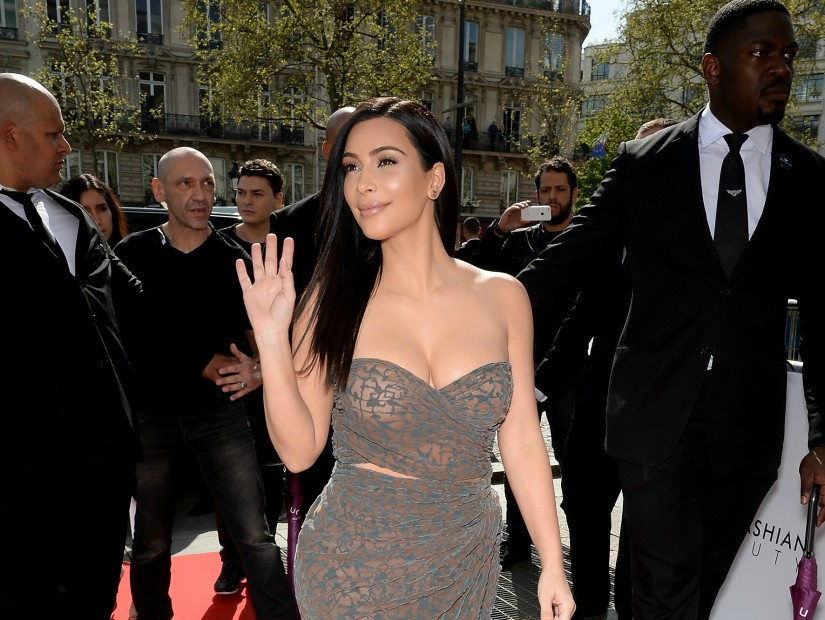 View Photos from the Scene of the Crime And the Actions Of Kim Kardashian in Paris Theft