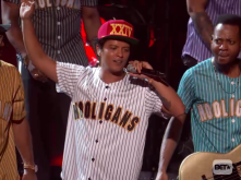 """Watch Bruno Mars Electrocute His 2017 BET Awards Performance Of """"Perm"""""""