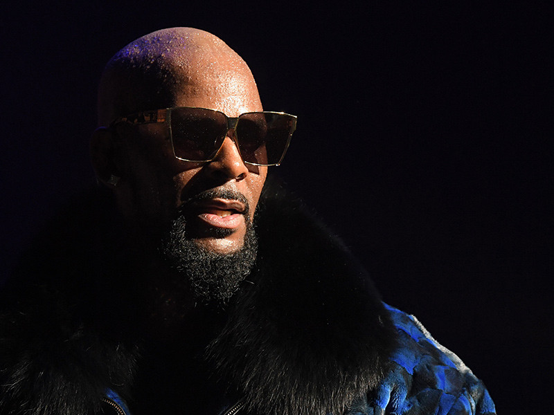 "R. Kelly Allegedly Running ""Cult"" With Women Held Against Their Will"