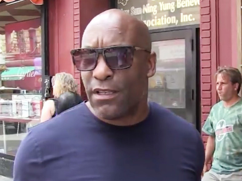 "John Singleton Defends R. Kelly: ""He Just Has A Lot Of Girlfriends"""