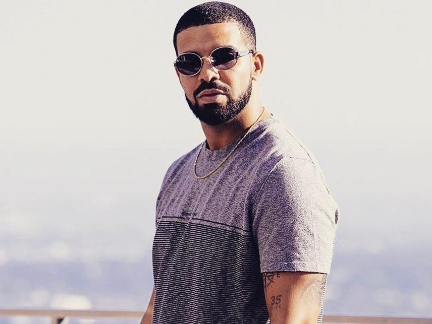 """Hip Hop Single Sales: Drake's """"Signs"""" Makes A Huge Splash Just In Time For Summer"""