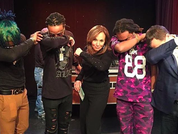 """When Dabbing Goes Wrong: Saudi Singer Arrested For """"Controversial"""" Of The Dance Moves"""