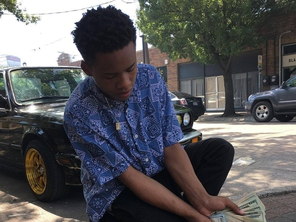"""Tay-K Goes From Fugitive To Hot 100 Artist With """"The Race"""""""