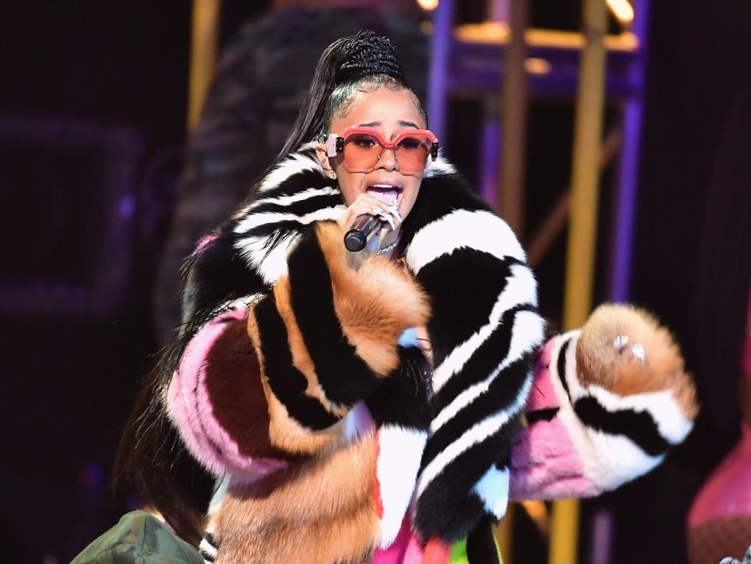 "Cardi B "" Wins ""Hustler Of the Year"" Honor In 2017 BET Hip Hop Awards"