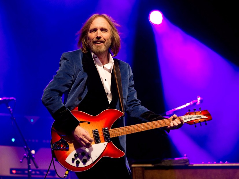 Music world Reacts To Tom Petty Reported the Death of 66