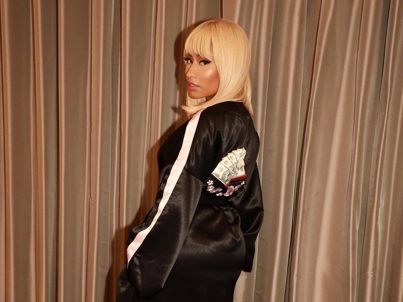 "Nicki Minaj On The Cardi B Beef Rumors: ""The Men Simply Refuse To Let It Go"""