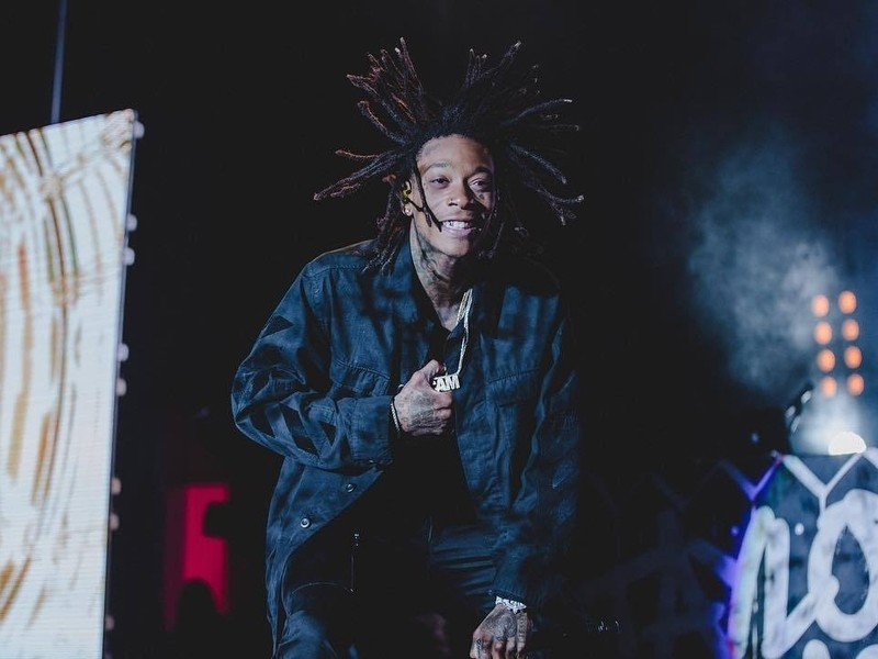 "Wiz Khalifa Drops ""Laugh Now, Fly Later"" Mixtape"