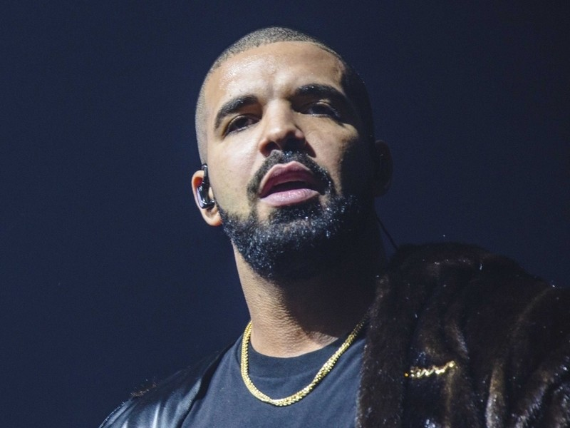 "Drake's ""Plan of God"" Debuts At #1 On the Billboard Hot 100"