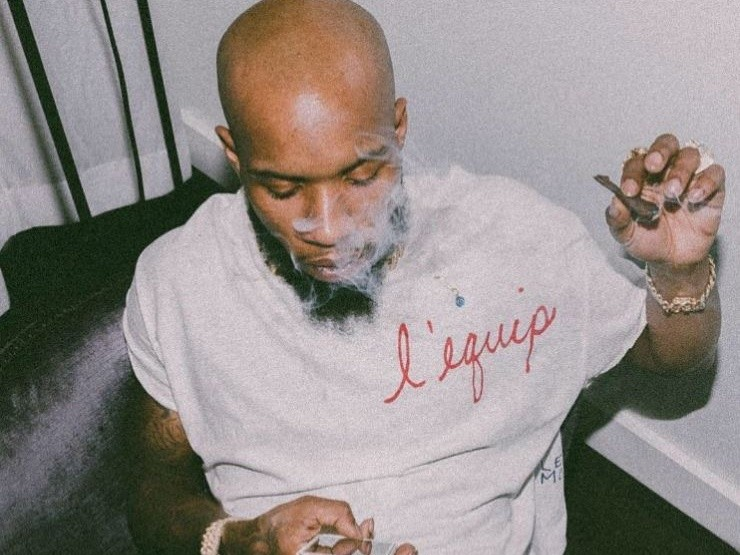 "Tory Lanez Unveils Tracklist For ""Memories Don't Die"" Album"