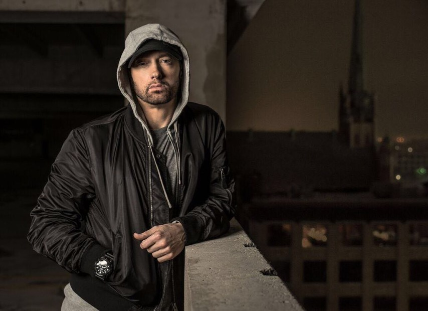 "Strep Throat: Eminem's ""Chloraseptic (Remix)"" Lyrics Prove He's Naive To Valid Criticism"