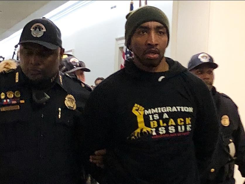 Mysonne Arrestados Durante Inmigración de Protesta En Washington, DC
