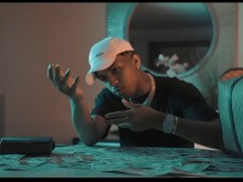 "DDG Flaunts His VVS Diamonds In ""New Money"" Video"