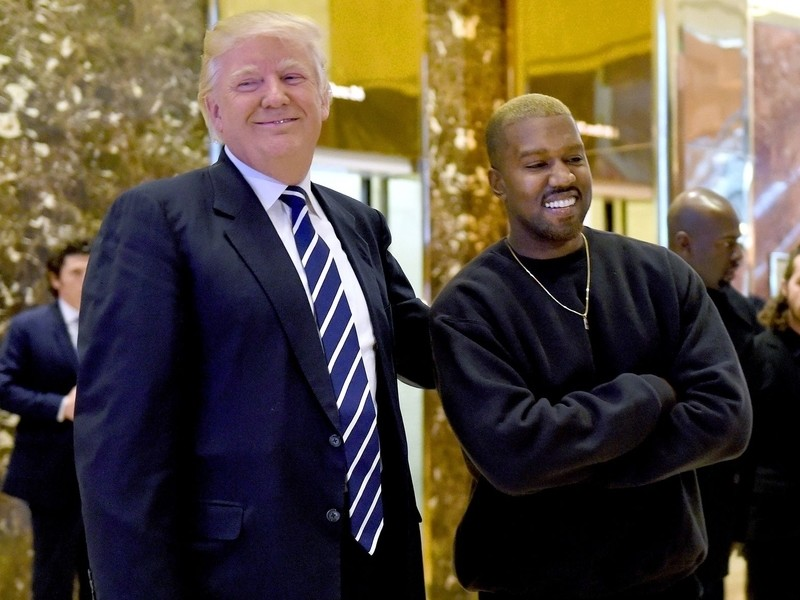 "Kanye West Continues to Pro-Trump Speech After ""SNL"" Goes Off The Air"