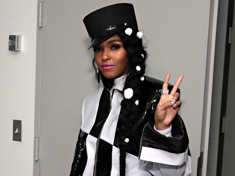 "Janelle Monae Shares New Album ""Dirty Computer"""