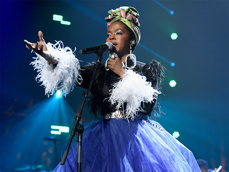 "Lauryn Hill Goes Full Circle With Live Remix Of Drake's ""Nice For What"""