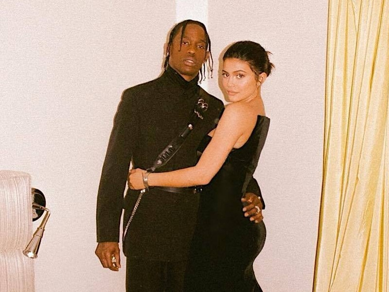 Instagram Down News: Instagram Flexin': Kylie Jenner Confirms Travis Scott Is