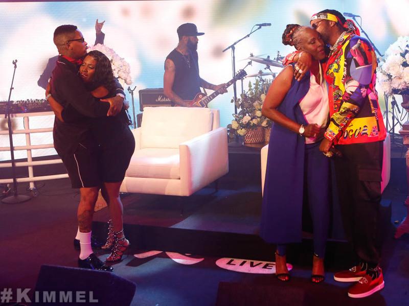 """2 Chainz & YG Realizar """"Orgulloso"""" De Sus Madres En """"Jimmy Kimmel Live"""""""