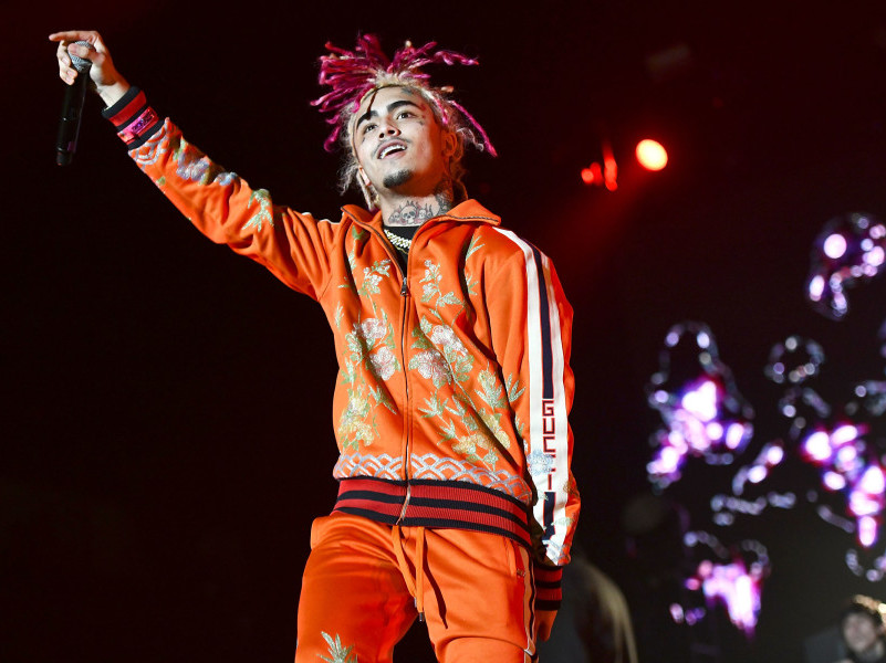 Lil Pump Kicked Off The Flight After Drugs Allegedly Found In His Luggage