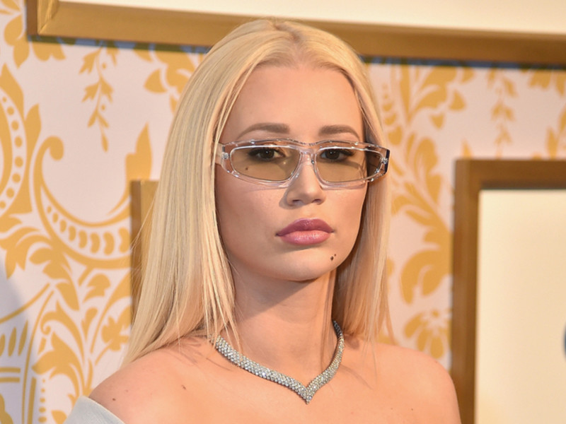 Instagram Flexin: Iggy Azalea Shuts Down Harassment Following Porn Company's Offer