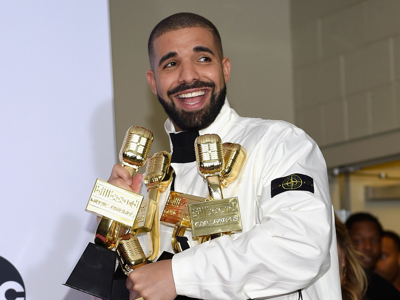 "Hip Hop Album Sales: Drake Keeps Hitting Milestones As ""Scorpion"" Stays At No. 1 For 5th Straight Week"