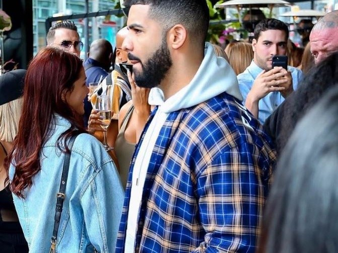 Drake Replaces DJ Khaled At London's Wireless Festival