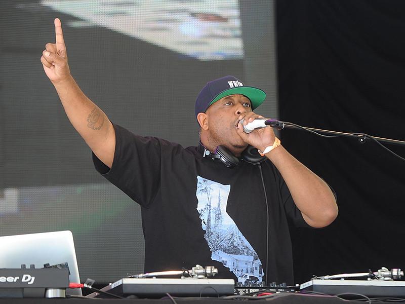"Tracy Morgan Taps DJ Premier, on the Score ""The Last OG"" Season 2"