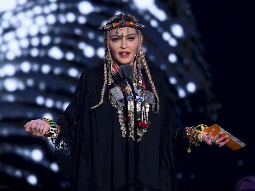 "Twitter Mocks Madonna Aretha Franklin ""Tribute"" During 2018 MTV video music awards"