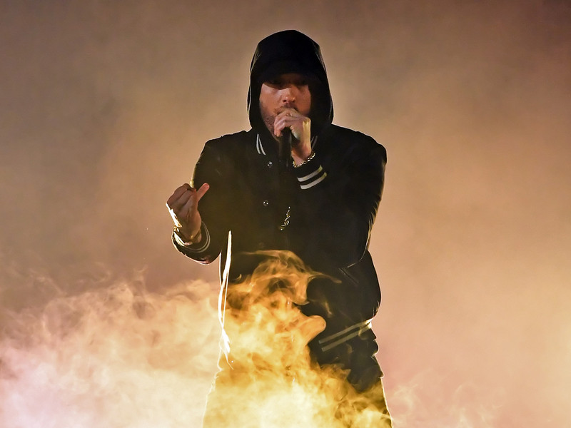 "Eminem Announces the ""Poison"" Video And Share 1st Clip"