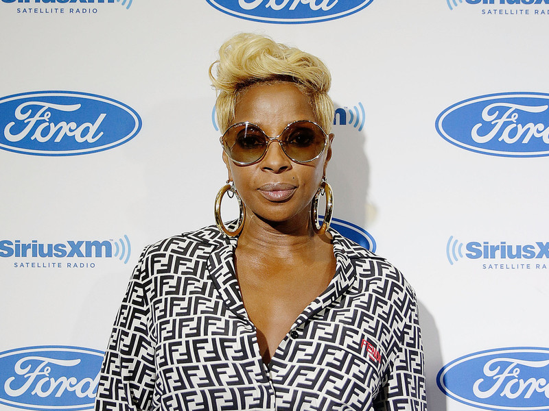 Mary J. Blige & Ex-Husband Sued For Allegedly Trashing & Ditching Beverly Hills Mansion