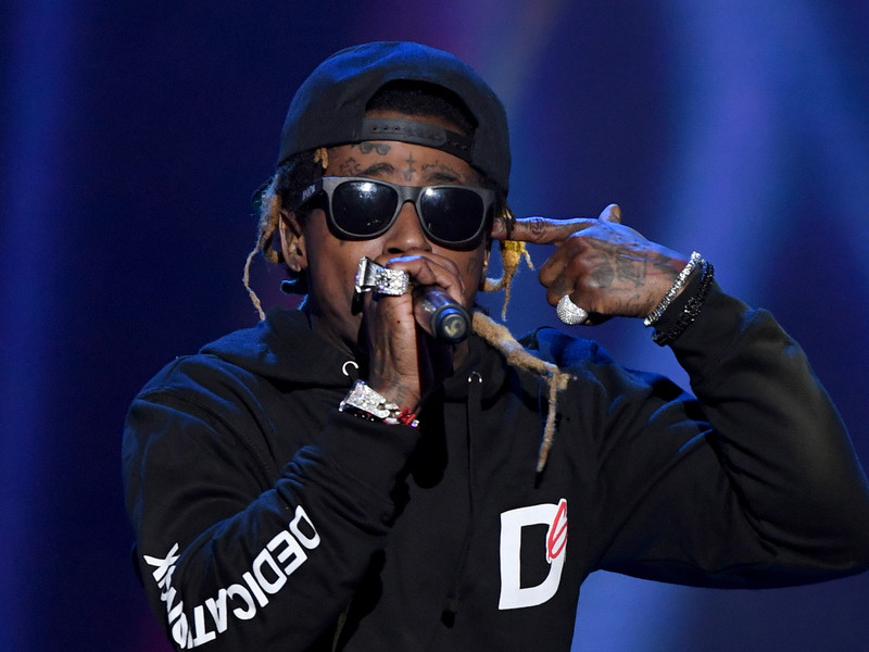 "Lil Wayne To Take His ""Carter V"" Talents ""Saturday Night Live"""