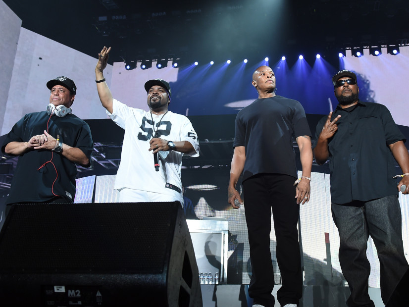 "Ice Cube Shuts Down Fan Who Said Machine Gun Kelly's ""Rap Devil"" Bests ""No Vaseline"""